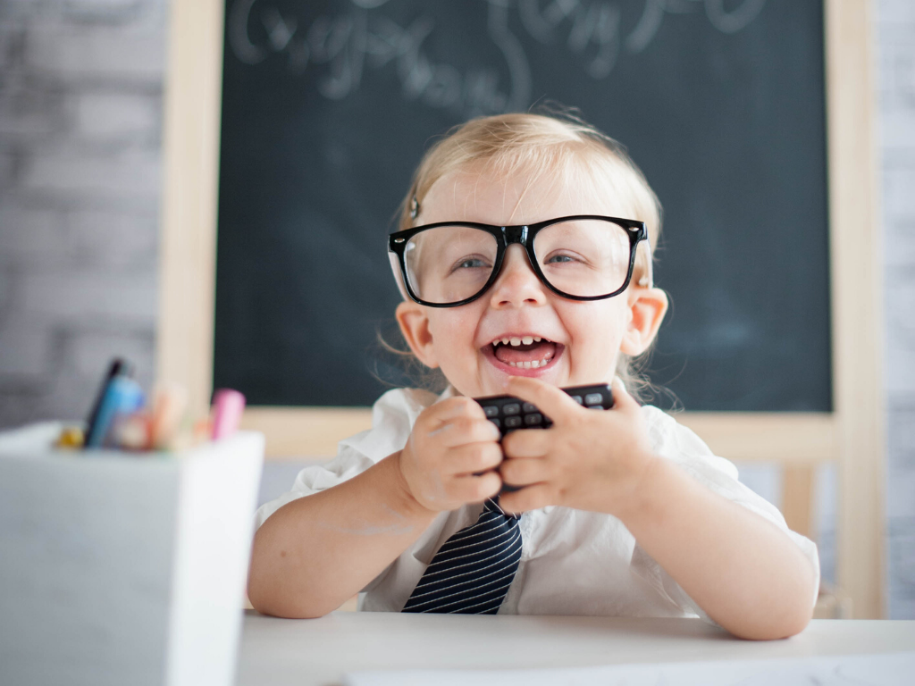 kid-with-glasses-and-tie
